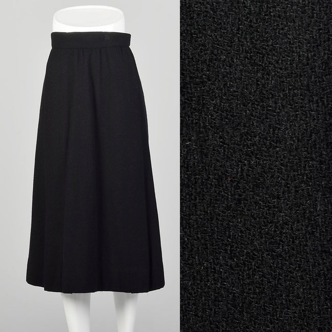 Small 1940s Black Wool Skirt