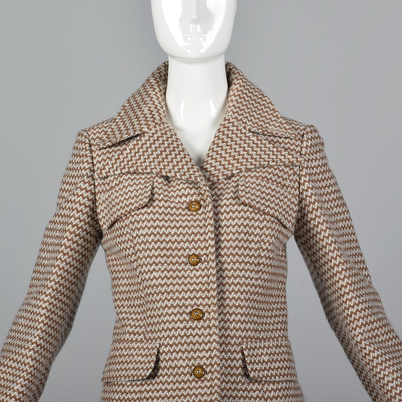 1970s Via Veneto Couture Boutique Tweed Skirt Suit