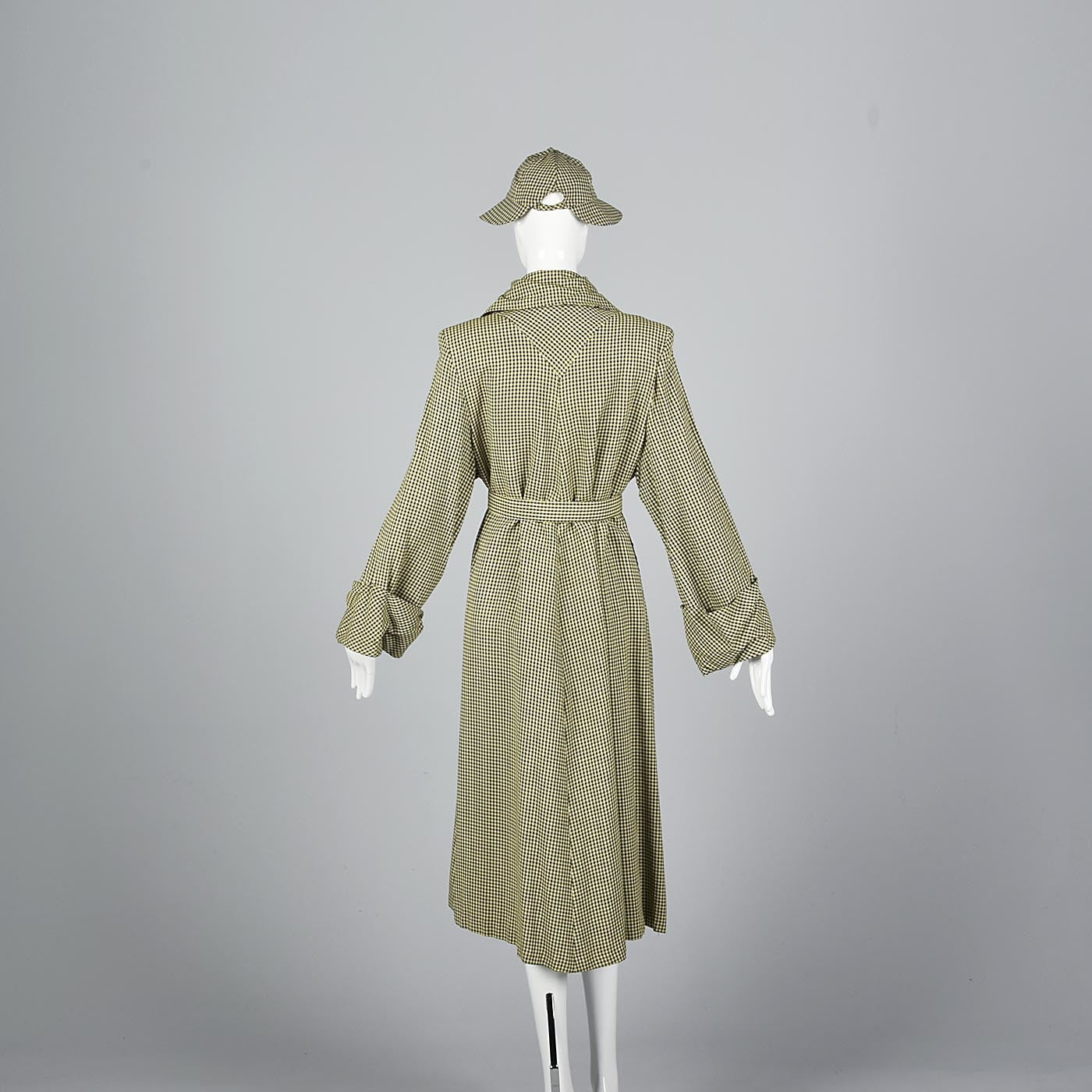 1940s Aquatogs Yellow Check Raincoat with Matching Rain Hat
