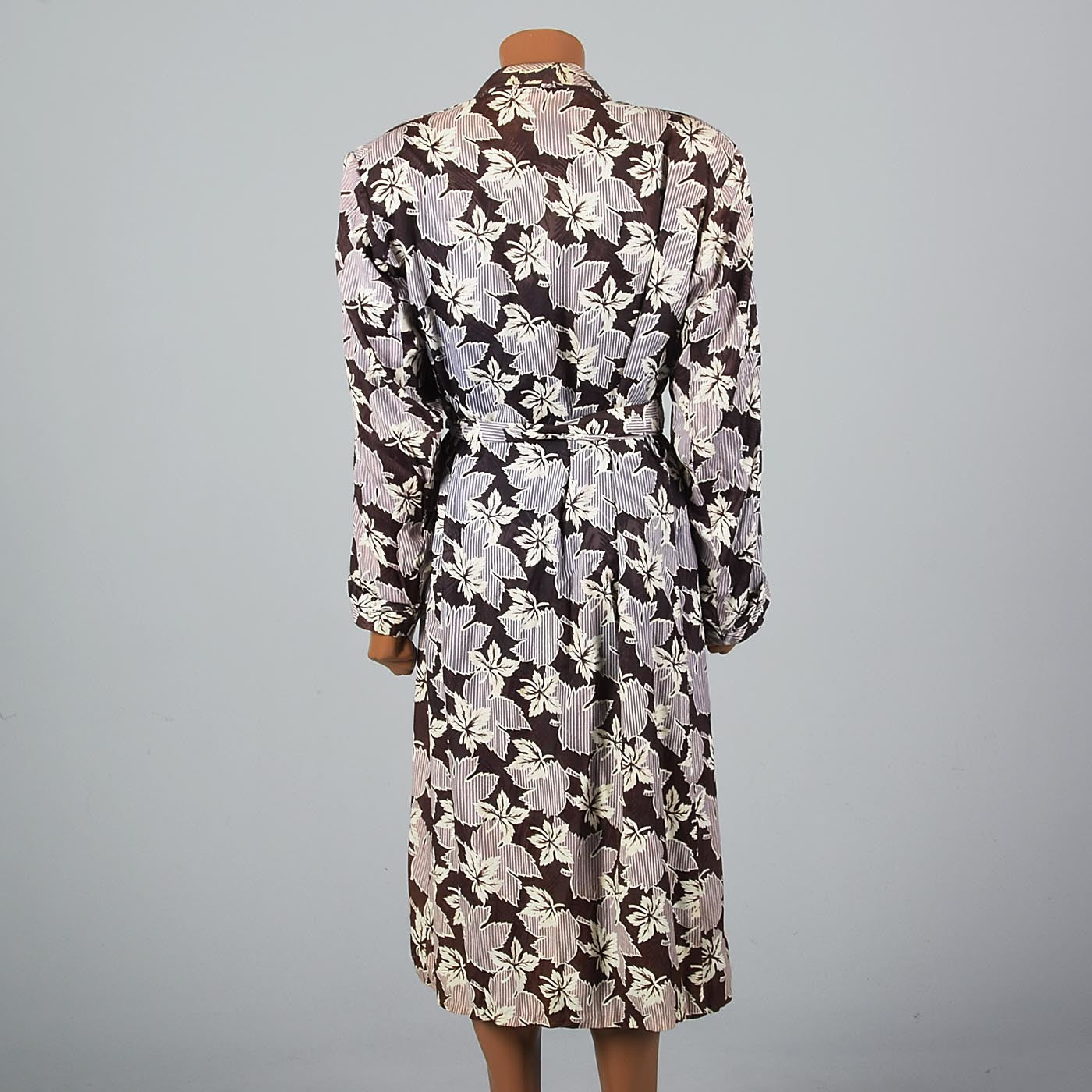 1940s Mens Robe with Leaf Print