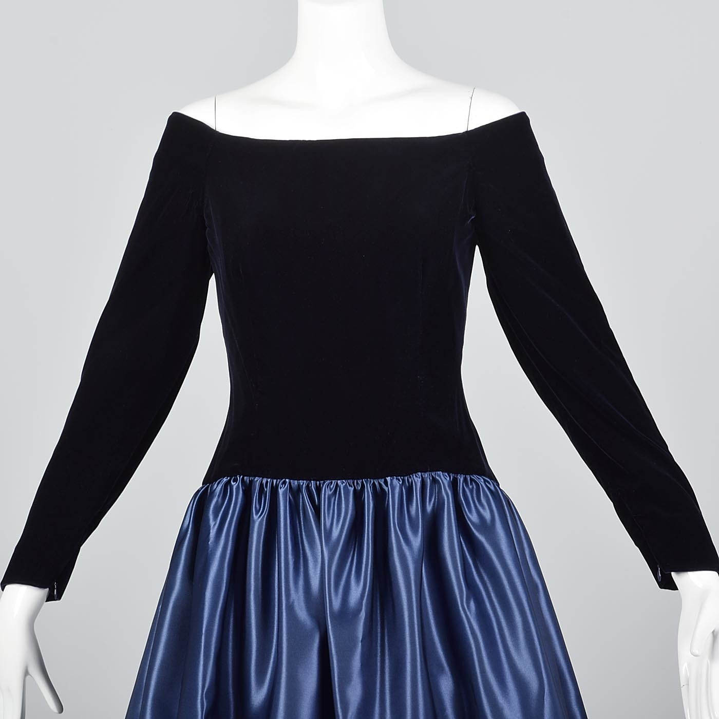 Off Shoulder Scaasi Drop Waist Party Dress in Navy Blue