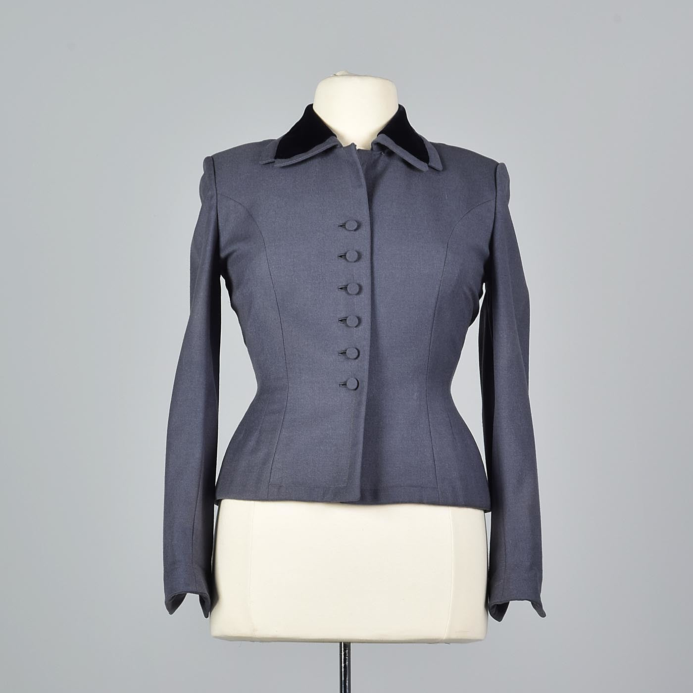1950s Hourglass Gray Wool Jacket with Velvet Collar