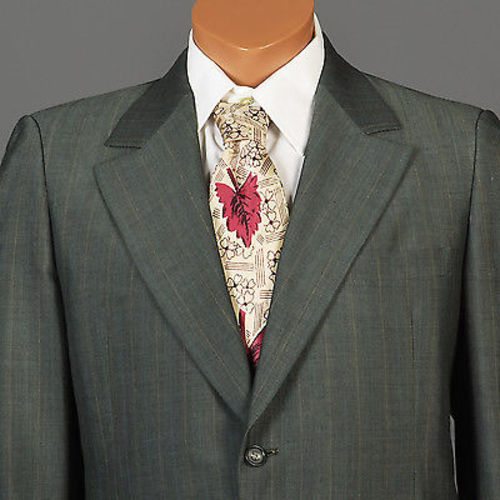 1970s Mens Two Piece Suit in Green Sharkskin