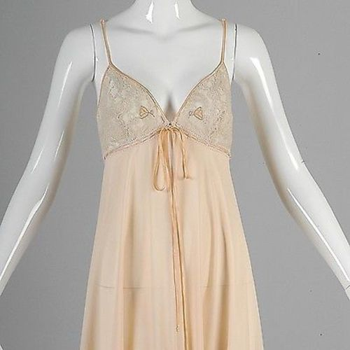 Claire Sandra Lucie Ann Beverly Hills Lingerie Night Gown