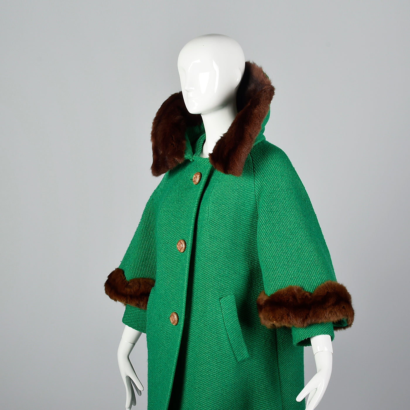 1960s Green Coat with Marmot Fur Trim & Dramatic Collar