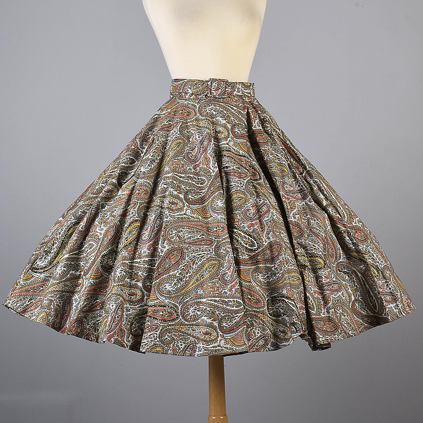 1950s Glitter Paisley Print Full Circle Skirt