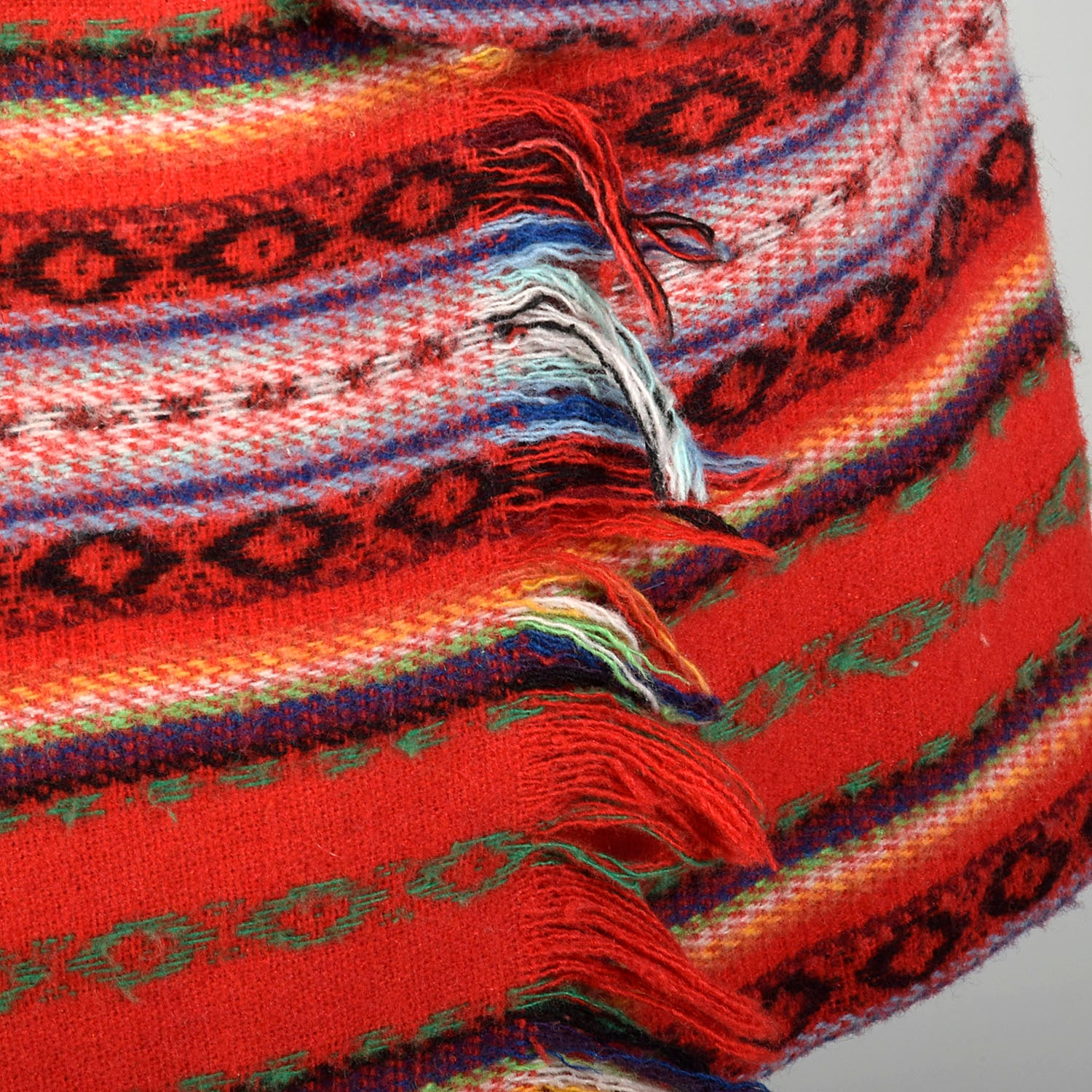 Small 1980s Red Southwestern Blanket Separate Set
