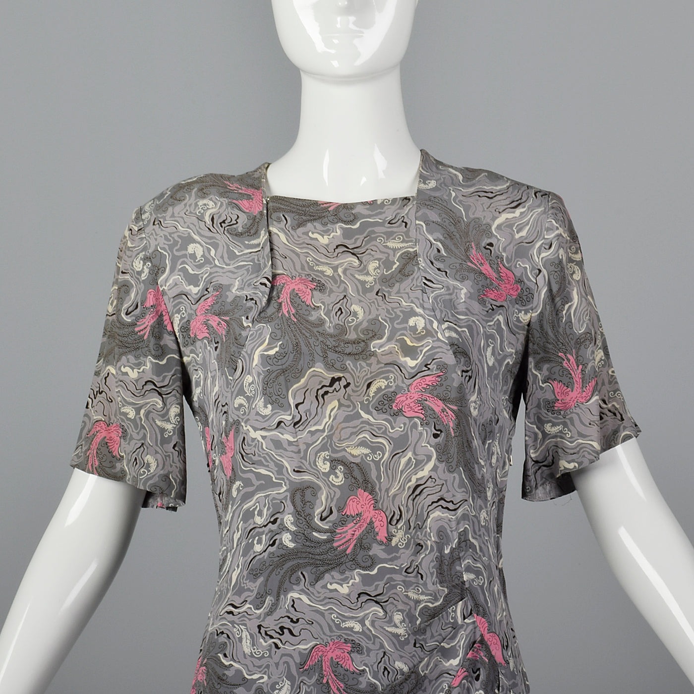 1940s Novelty Print Rayon Dress Gray Swirl with Birds