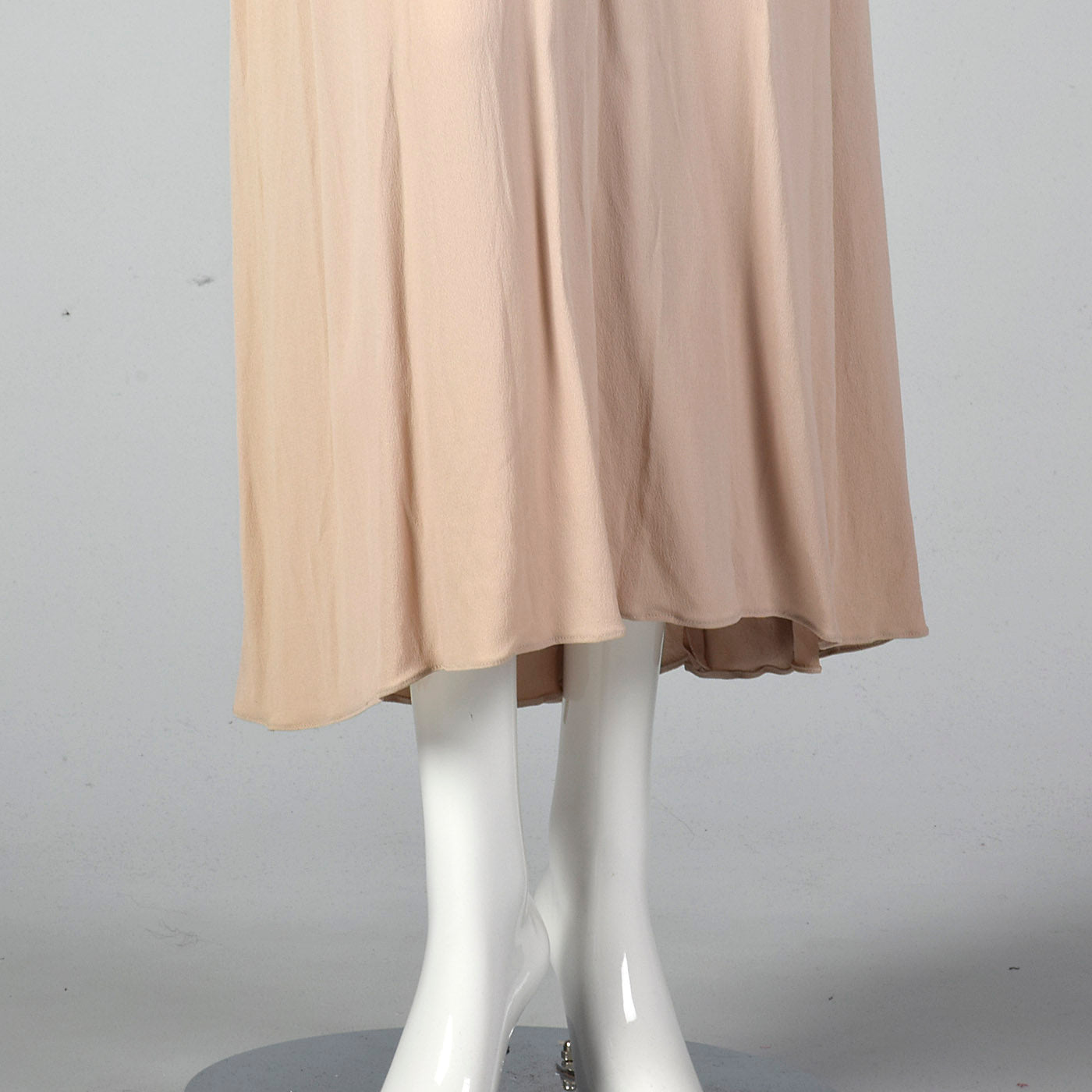 1940s Tan Crepe Dress with Gathered Bodice