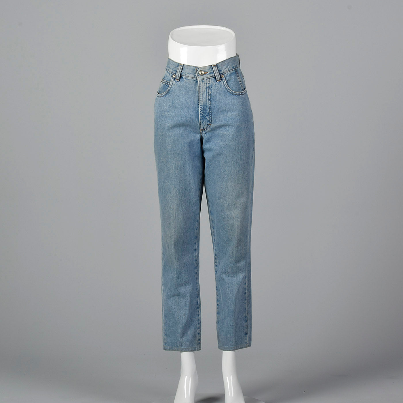 1990s Mom Jeans Medium Wash with Tapered Leg