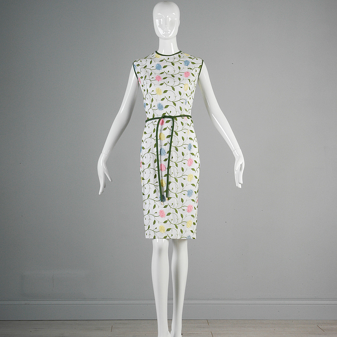 1960s White Wiggle Dress with Floral Embroidery
