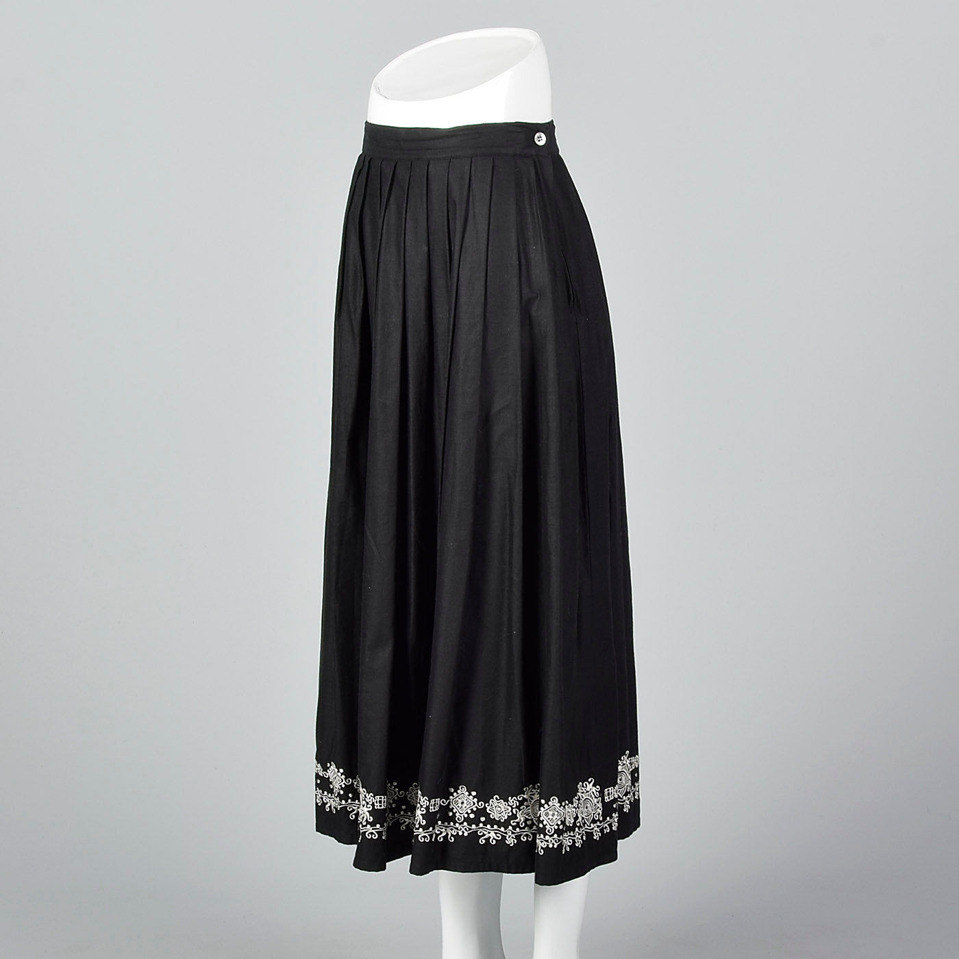 1990s Anne Klein A Line Black Skirt with Embroidered Border