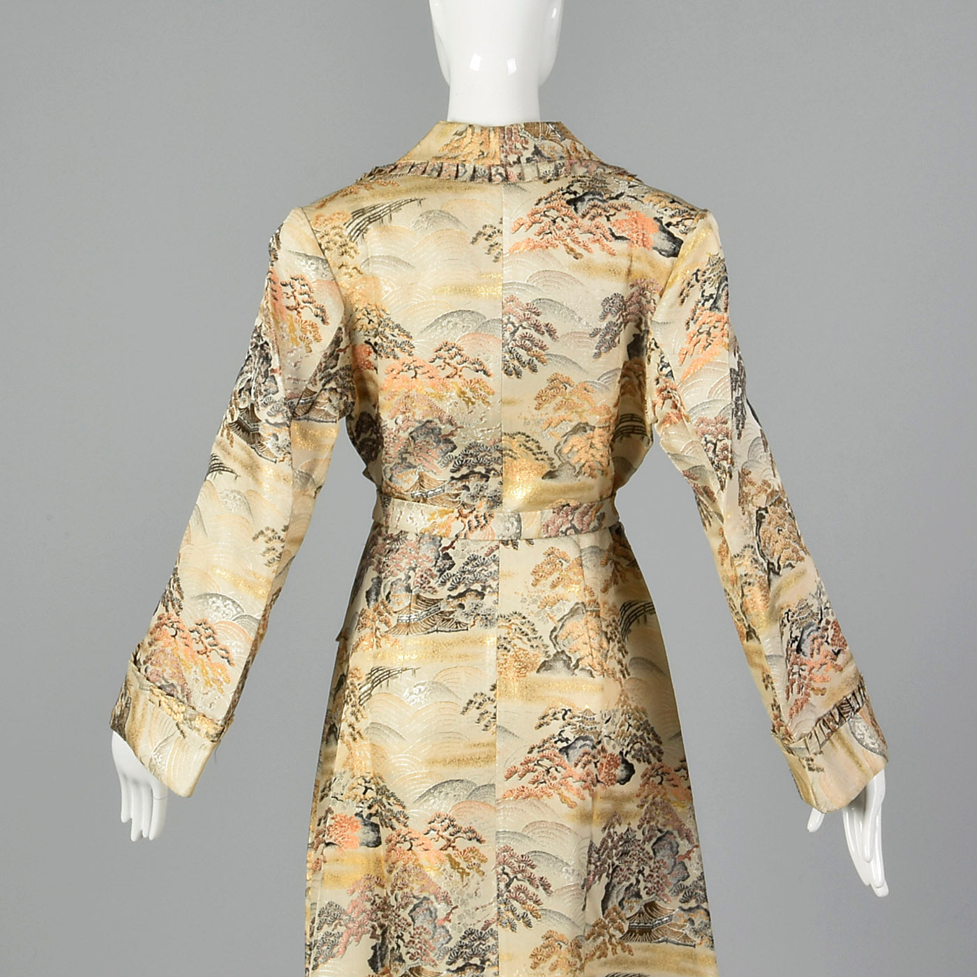 1950s Metallic Brocade Robe in Landscape Motif