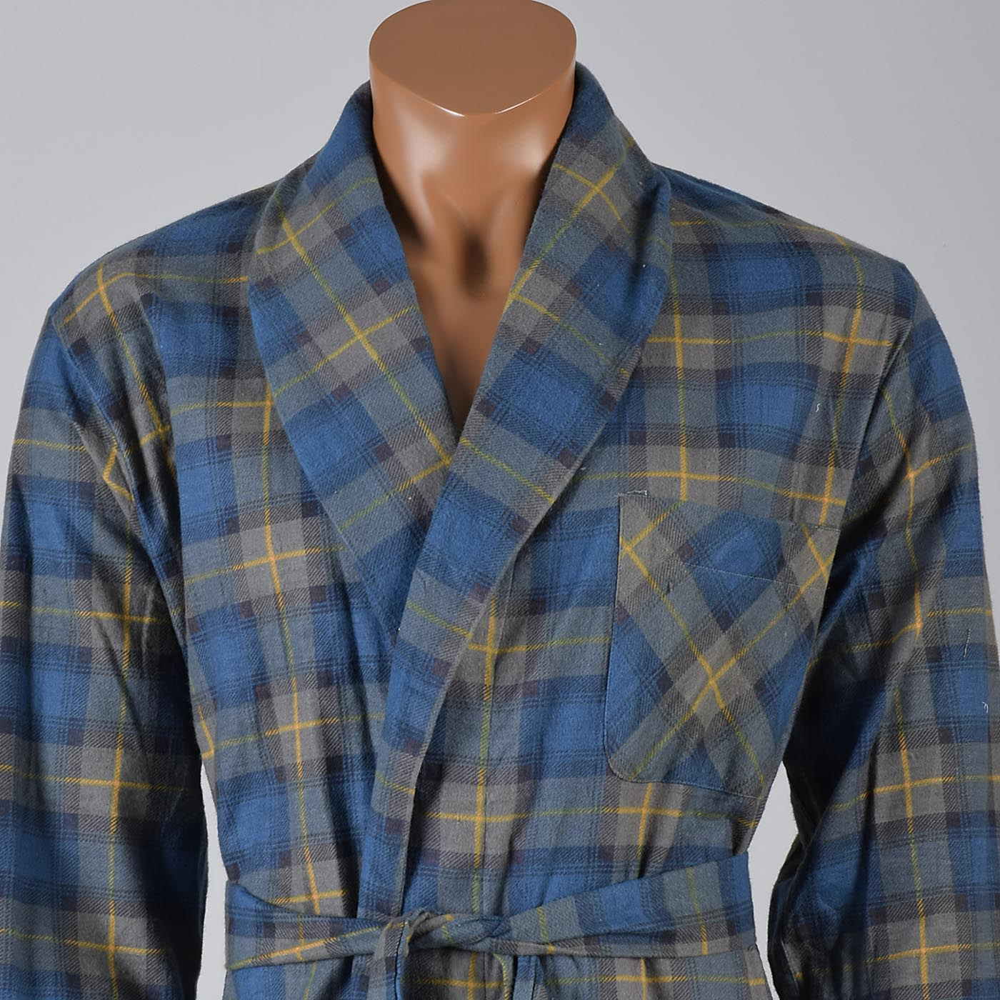 1960s Mens Deadstock Flannel Robe in Blue and Green Plaid