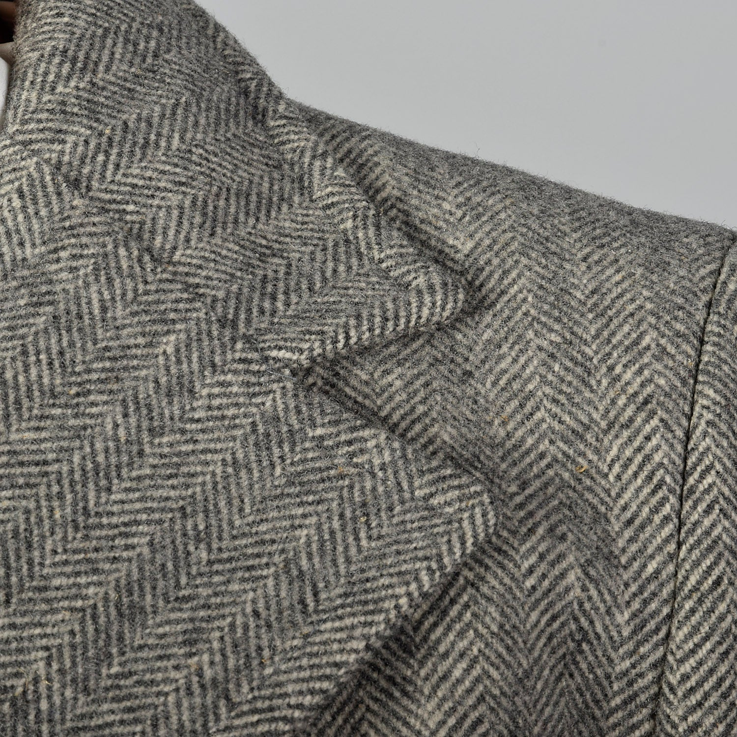 1970s Gray Wool Tweed Coat with Convertible Pockets