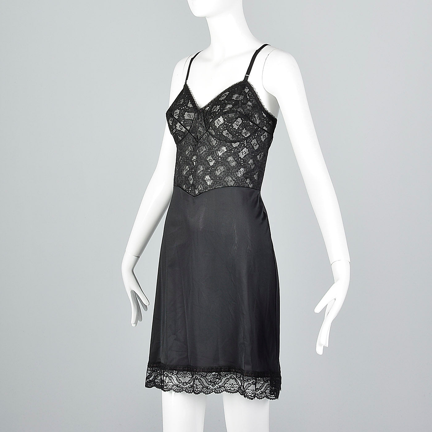 1950s Black Full Slip with Shaped Cups and Lace Bodice