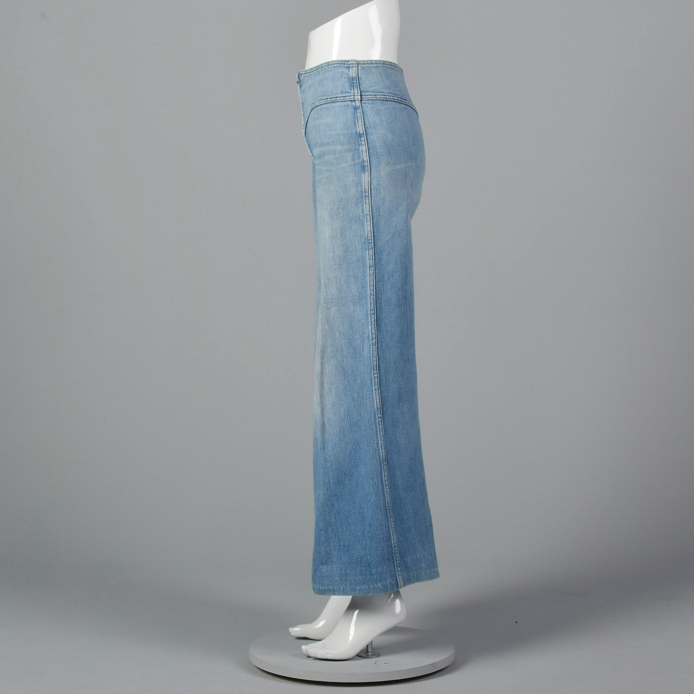 1970s Bell Bottom Cotton Denim Zip Front jeans