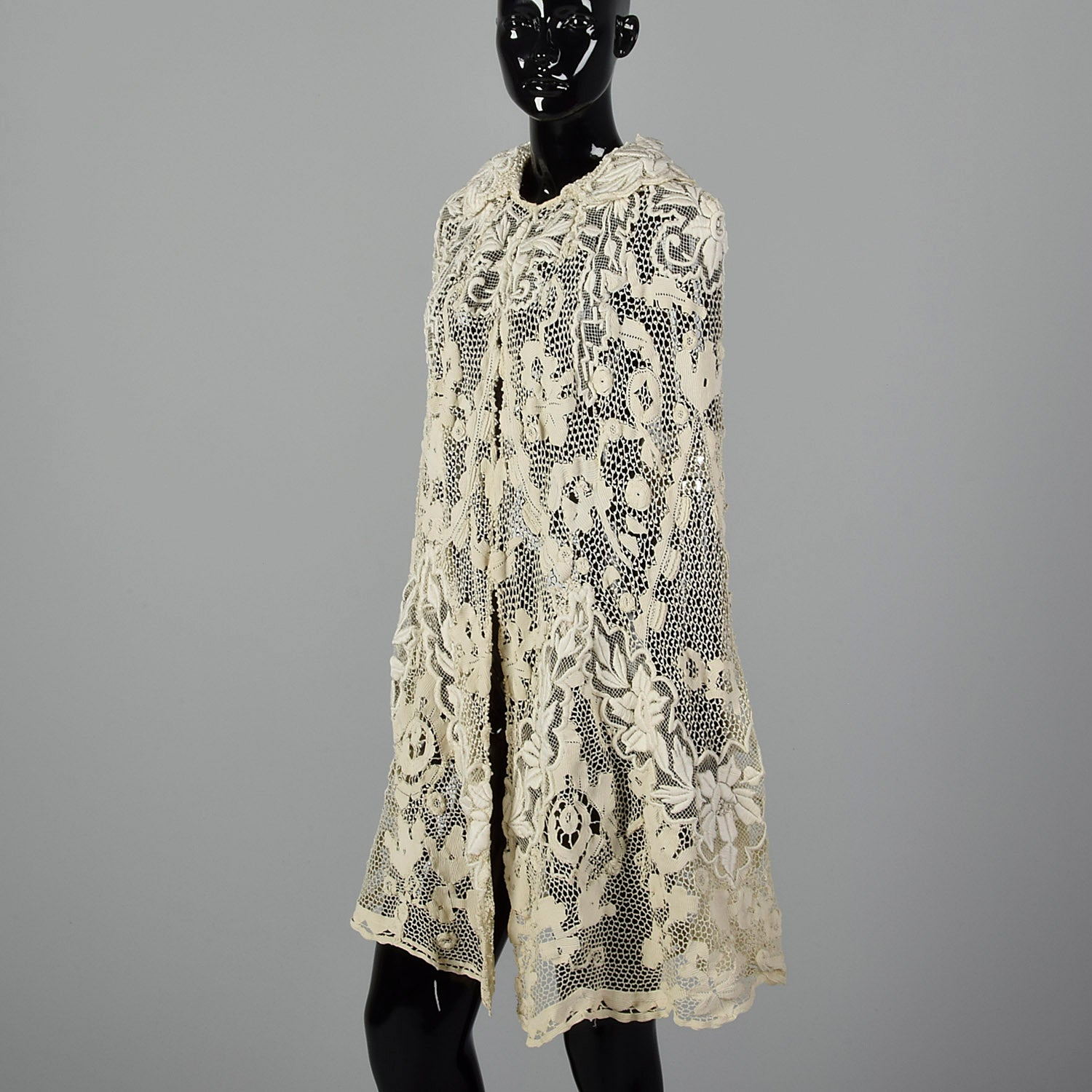 1910s Belle Epoque Antique Guipure Lace Cape