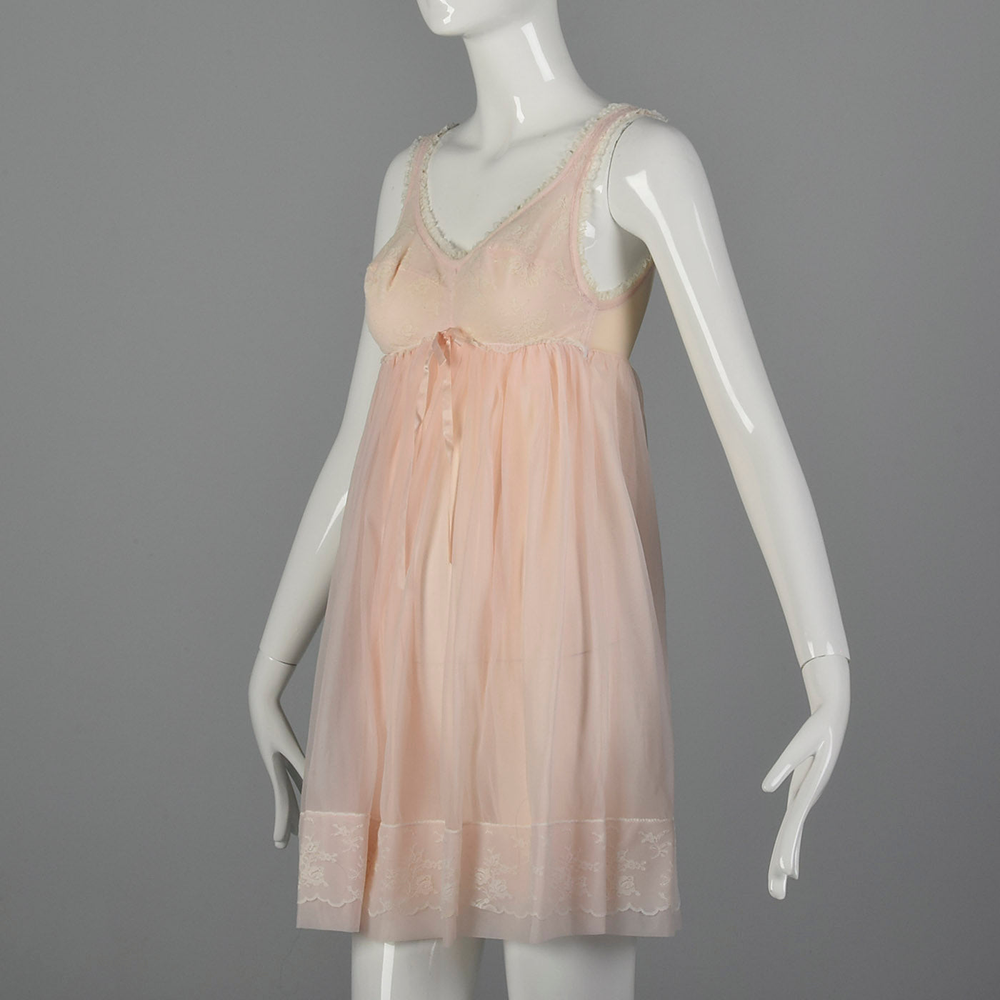 1960s Pink Babydoll Nightgown with Matching Peignoir