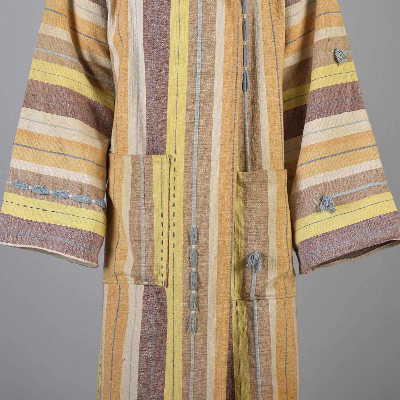 1970s Men's Hooded Hippie Woven Blanket Coat