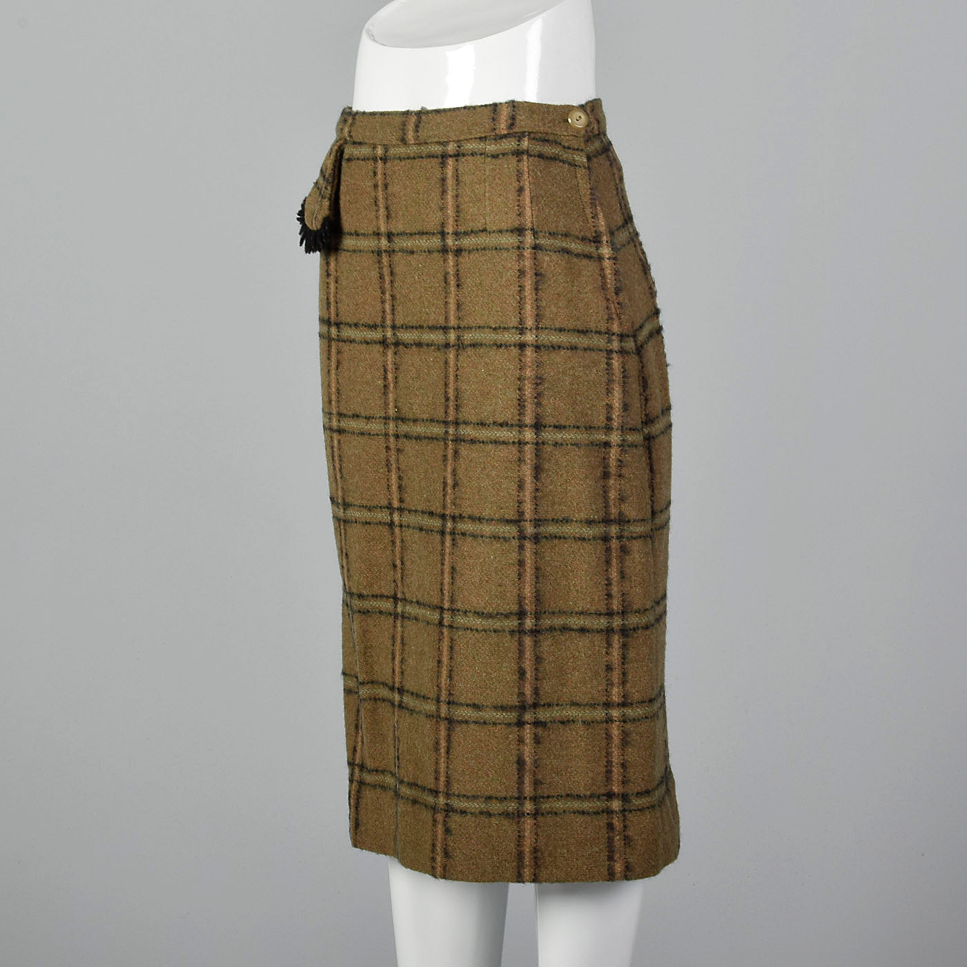 1940s Pencil Skirt in Brown and Green Windowpane Plaid