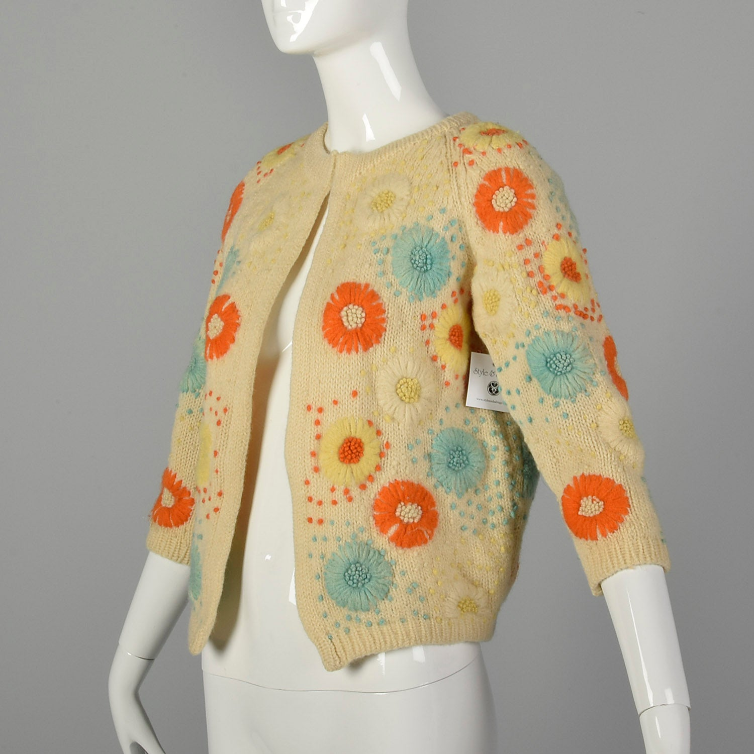 Small 1960s Boho Cardigan Cream Sweater with Multi-Color Floral Embroidery