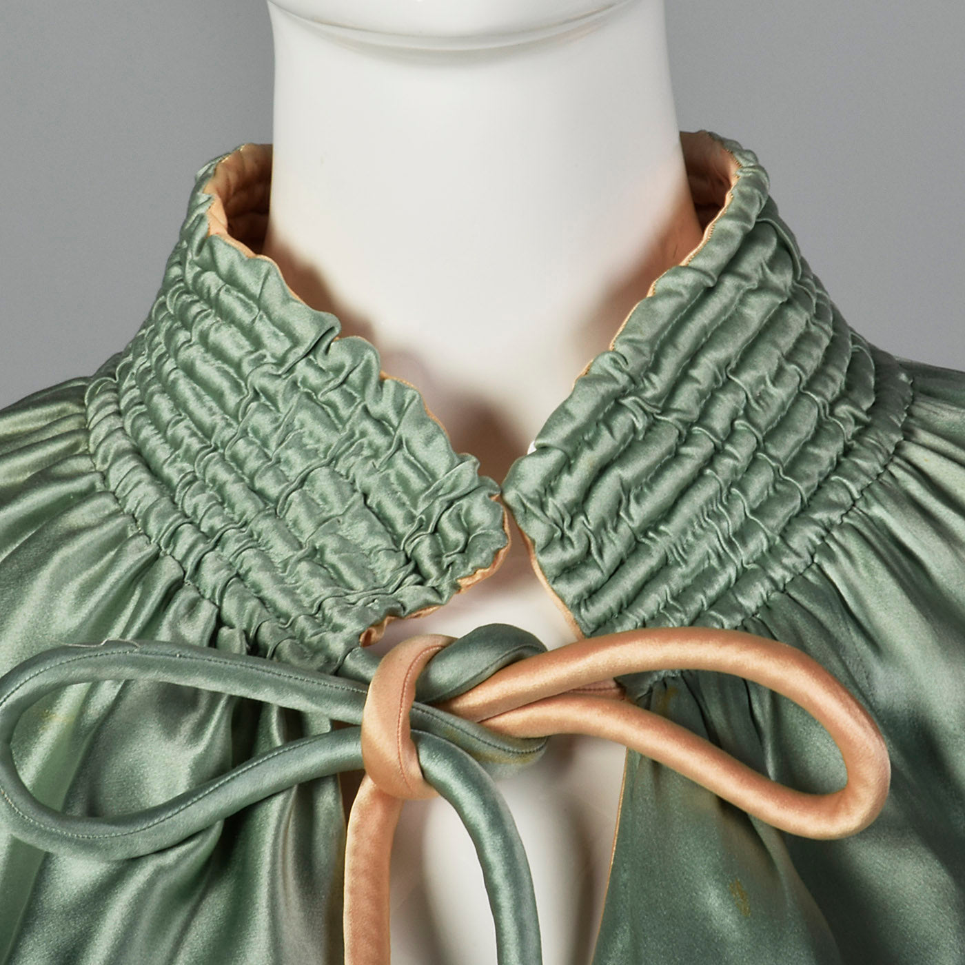 1930s Reversible Silk Satin Capelet