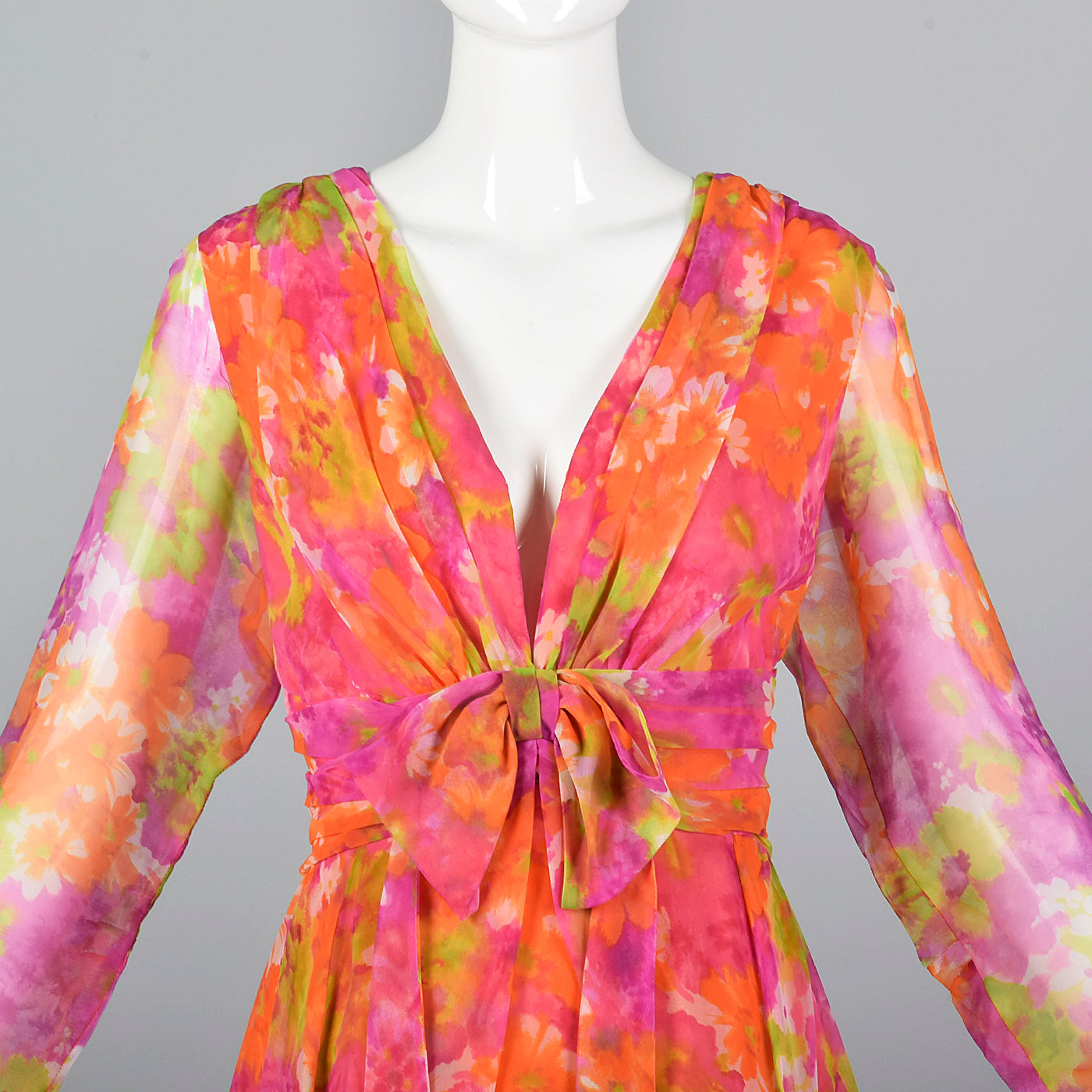 1970s Pink Floral Long Sleeve Maxi Dress