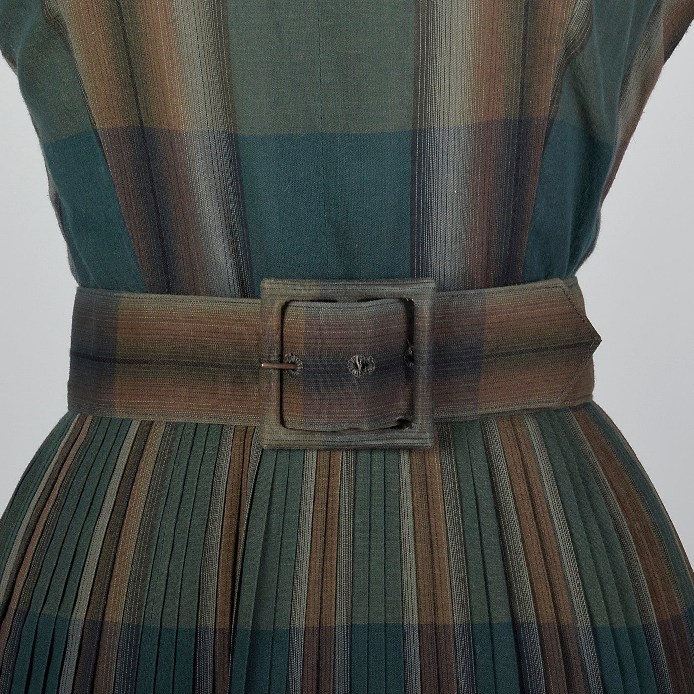 1950s Summer Dress in Green Plaid