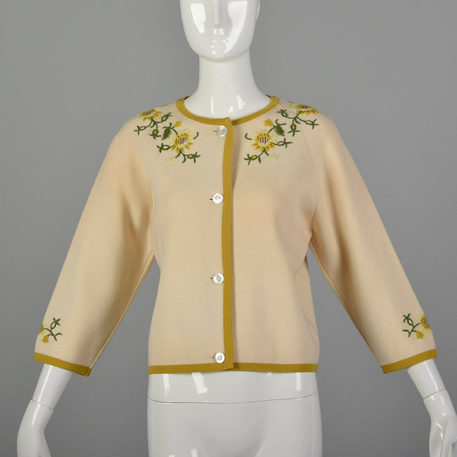 Medium 1960s Floral Embroidered Cardigan