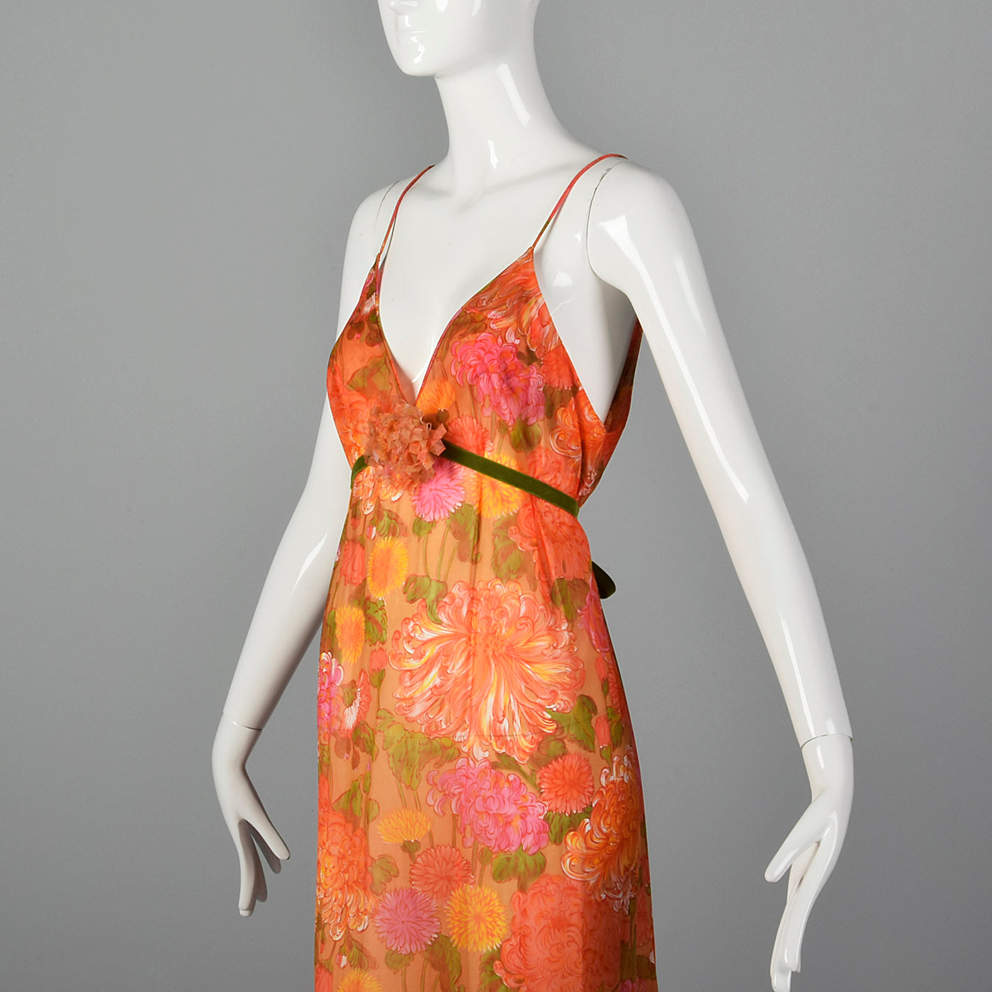 1960s Vanity Fair Floral Nightgown
