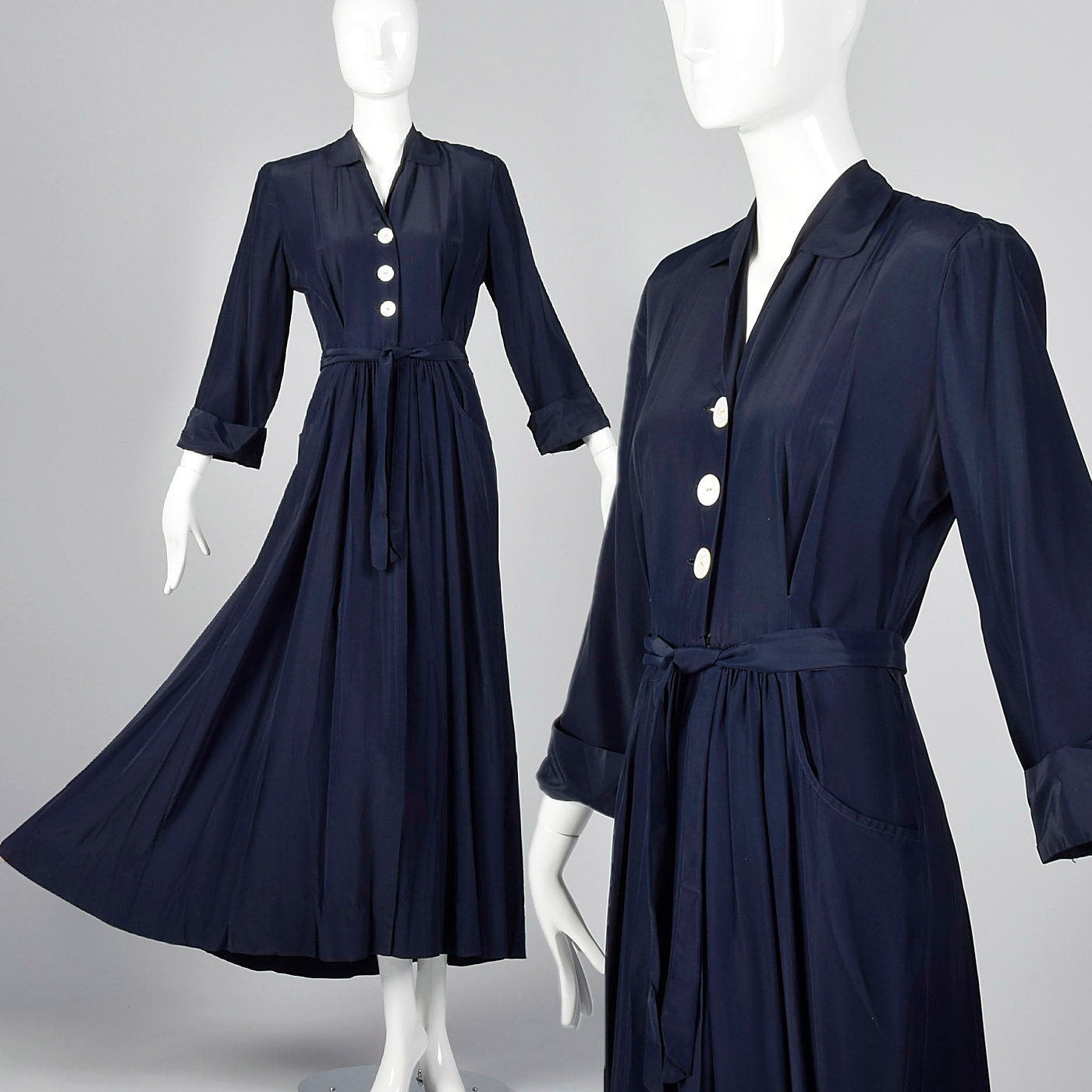 1950s Navy Rayon Dressing Gown