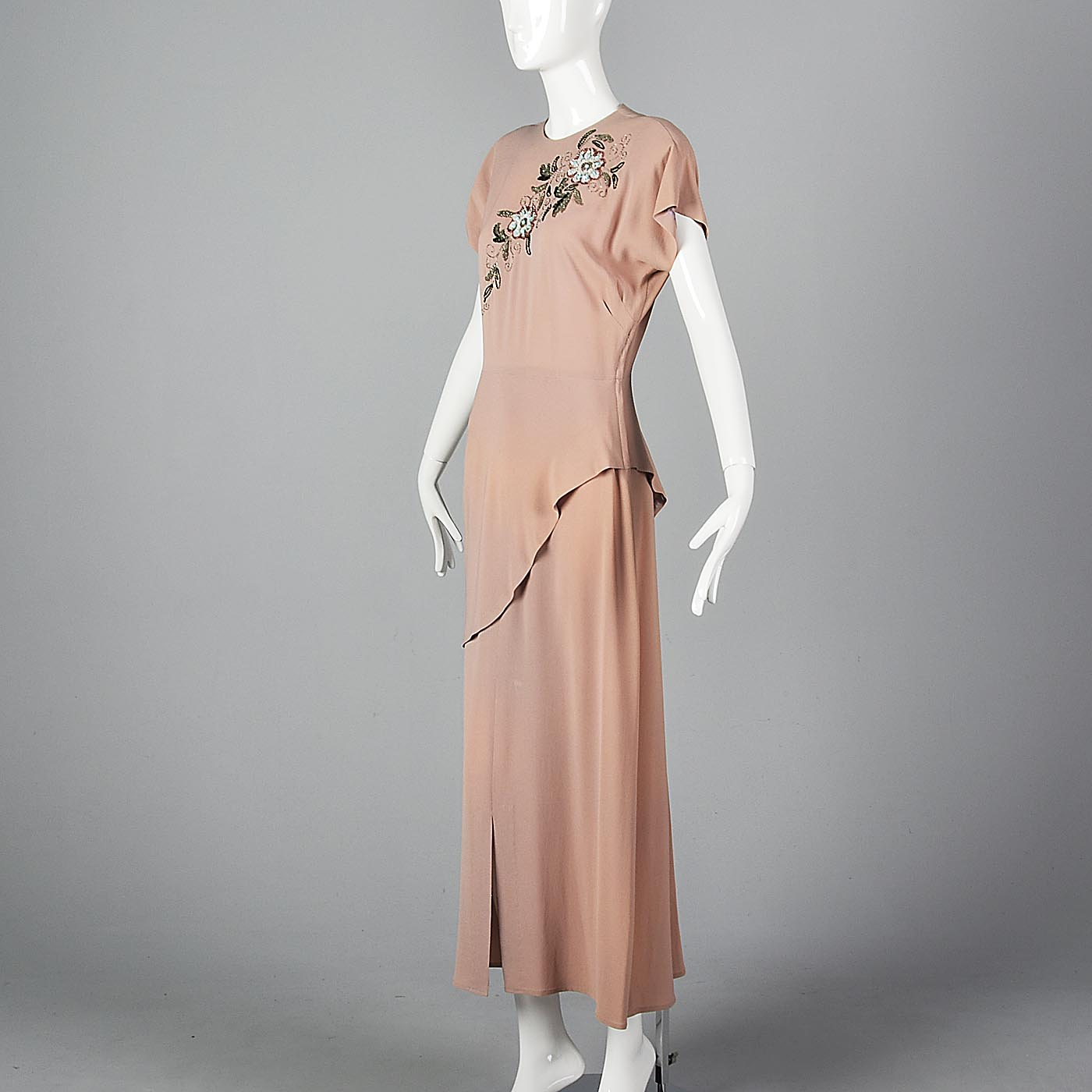 1940s Peach Crepe Gown with Floral Beaded Bodice