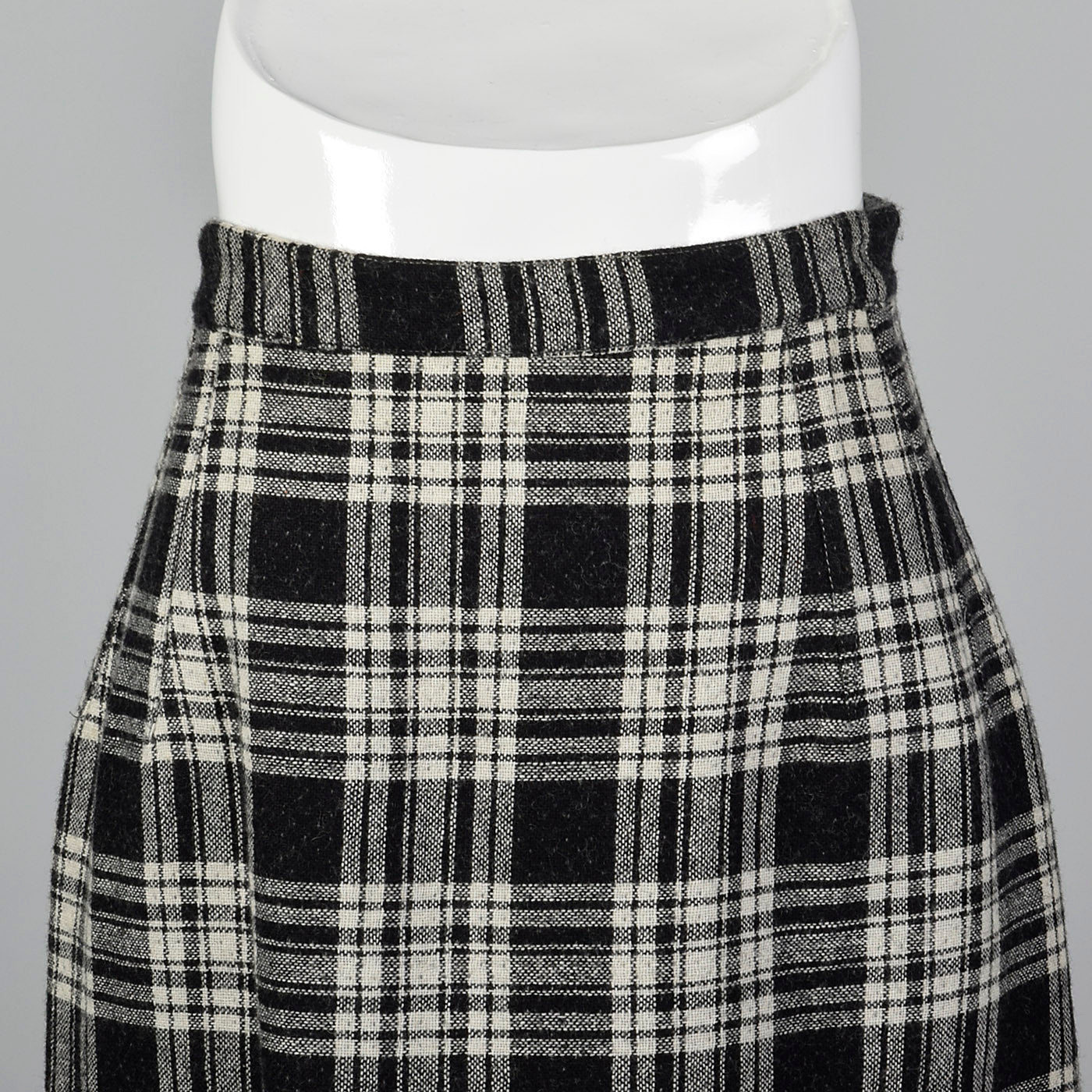 1950s Reversible Pencil Skirt in Gray and Black Plaid