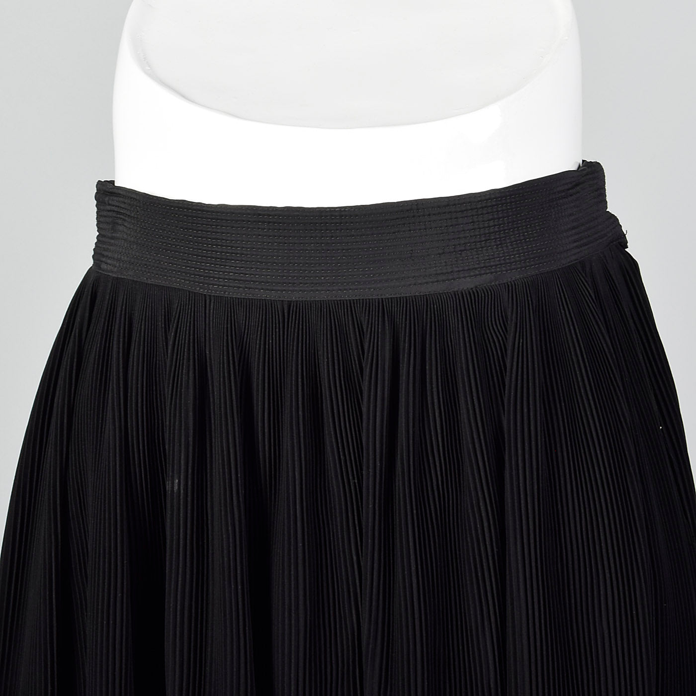 1950s Black Crystal Pleat Skirt