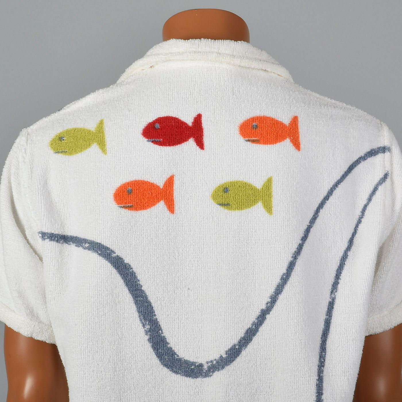 1950s Mens Terry Cloth Pull Over Shirt with Fish