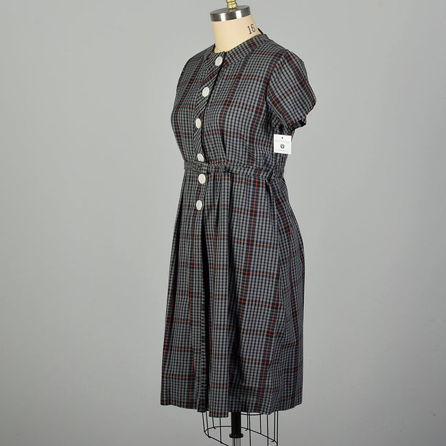 XXL 1950s Gray Cotton Day Dress Plaid Short Sleeves