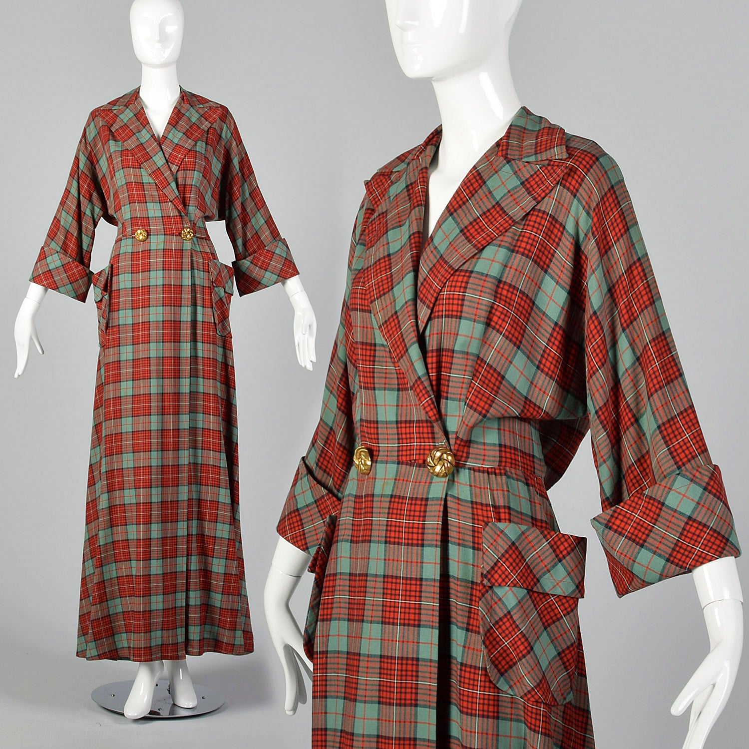 Large 1940s / 1950s Plaid Dressing Gown