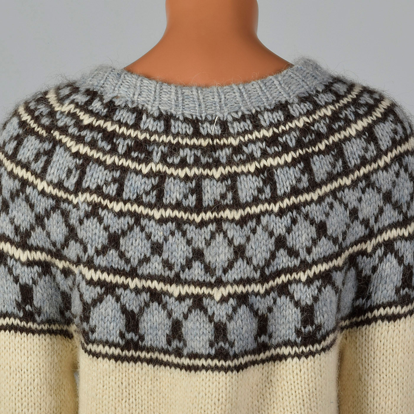 1960s Mens Cream Sweater with Gray, Blue, and Black Knit