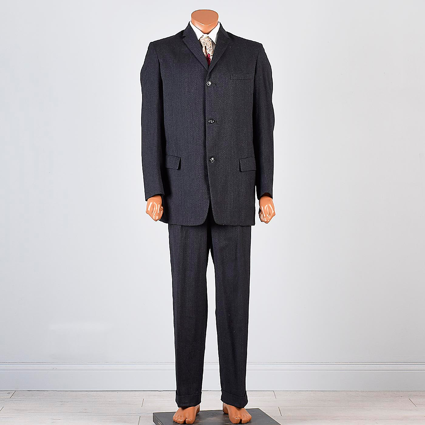 1950s Mens Two Piece Suit in Charcoal Gray