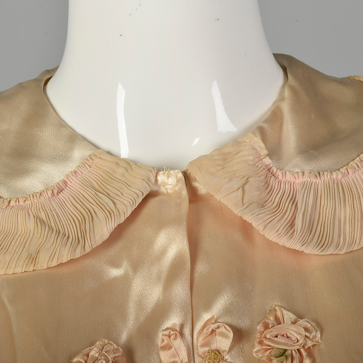 XL 1940s Pink Satin Bed Jacket