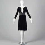 Small  1960s Black Velvet Dress