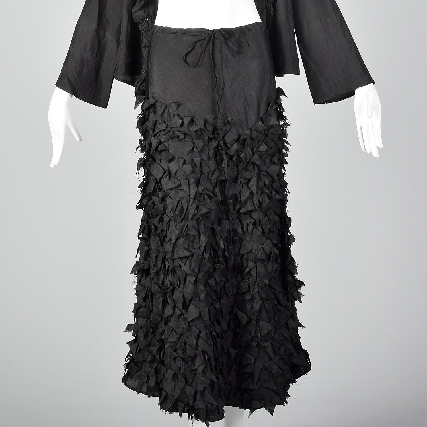 Medium 2000s Chan Luu Black Silk Set