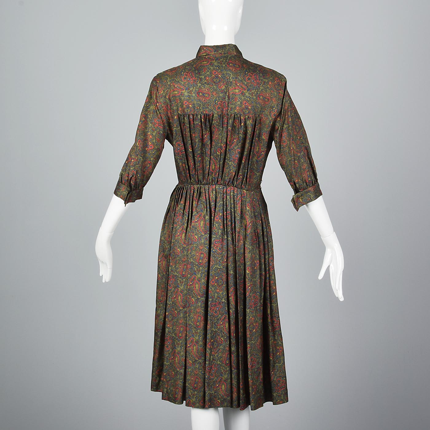 1950s Paisley Print Shirtwaist Dress