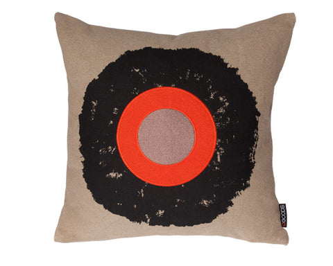 Ojo Hemp Pillow in Taupe