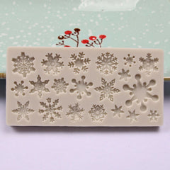 "HOLIDAY SEASON "" (20) WINTER SNOWFLAKES"" Silicone Mold"