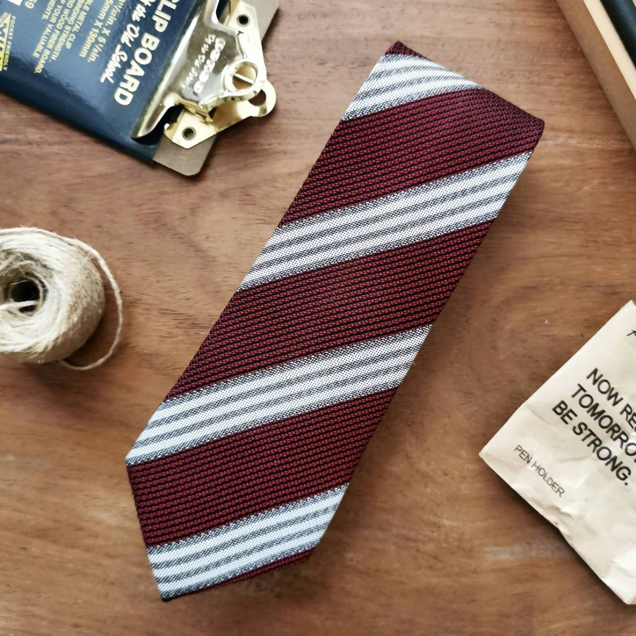 Necktie Vintage Rosewood Red Stripe | 8cm - Ties - Tuesday Evening - Naiise