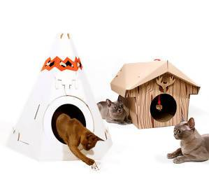 Suck UK Cat Playhouse - Pet Accessories - The Planet Collection - Naiise