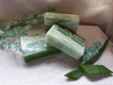 Bath Soap - Aloe Vera Lemon - Soaps - Alletsoap - Naiise