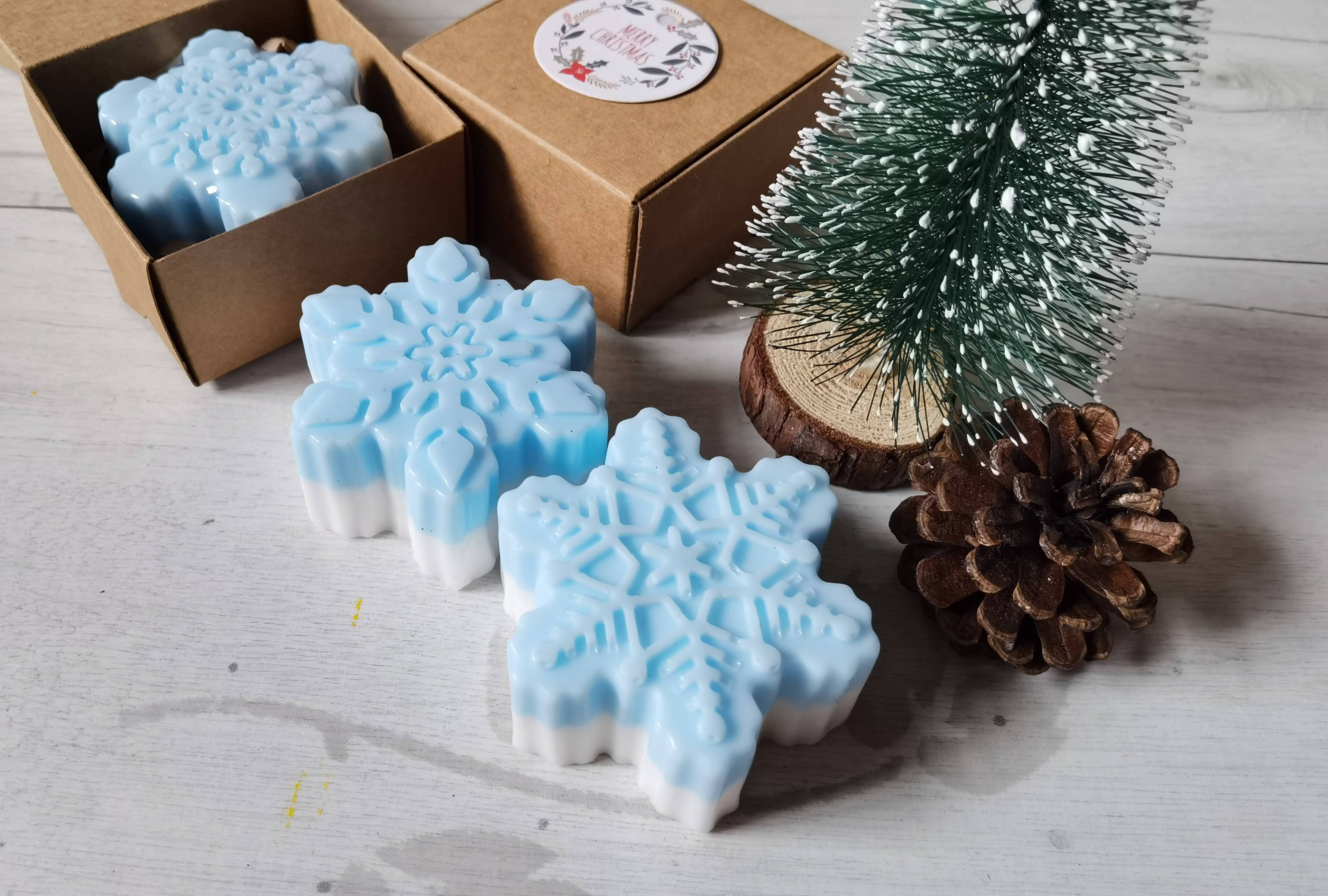 Christmas Collection : Snowflake Rosemary - Bundle of 10 - Soaps - Alletsoap - Naiise